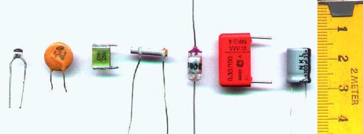 Varios tipos de condensadores