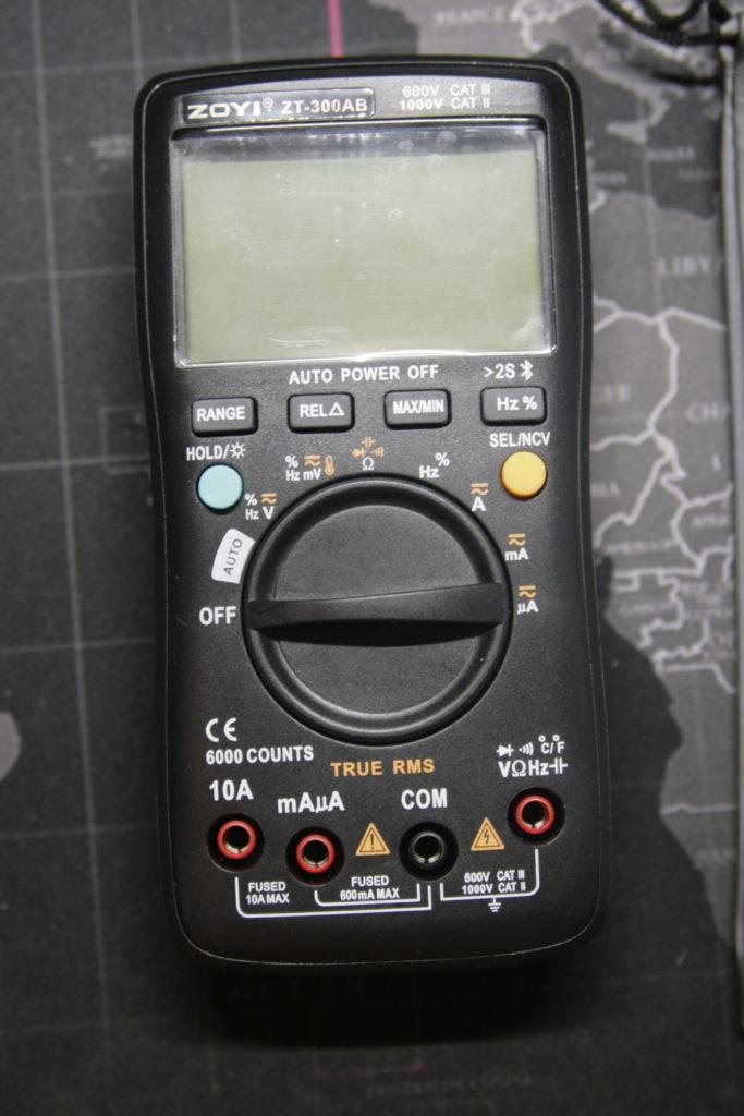 Análisis: Multímetro Zoyi ZT-300AB 3