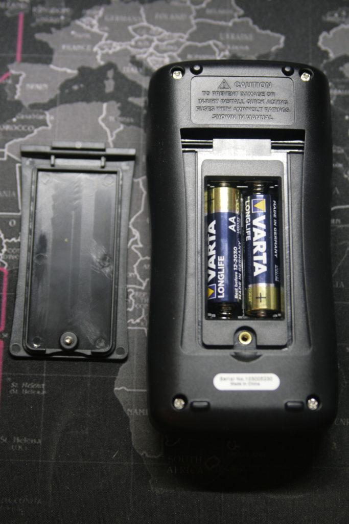 Análisis: Multímetro Zoyi ZT-300AB 7